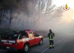 """A19: Mezzo pesante prende fuoco, traffico deviato lungo la ss192 """"Valle del Dittaino"""""""