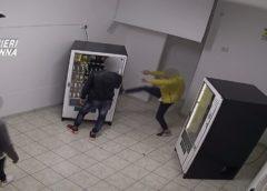 """Nicosia, operazione """"Self Service"""": 13 misure cautelari per furto aggravato ."""