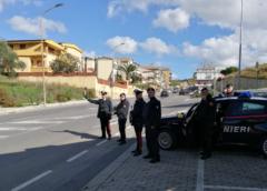 Barrafranca e Piazza Armerina: 116 automezzi e 143 persone controllate, 15 gli esercizi pubblici ispezionati, 10 le contravvenzioni al C.d.S. elevate, 71 le persone controllate poiché sottoposte agli obblighi di legge.
