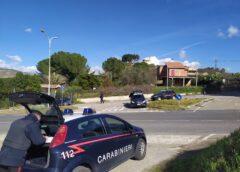 Scovato un arsenale e vari depositi di droga. Carabinieri arrestano tre cittadini villarosani.